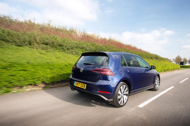 Here Is The New Volkswagen Golf Gte Hybrid With Video Blog